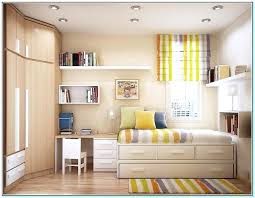 how to make a small room look bigger with paint what colors make a bedroom look bigger how to make small rooms look