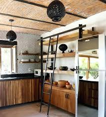 renover sa cuisine en bois buffet cuisine en bois superbe idee comment renover sa cuisine