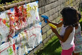 Kids Outdoor Entertainment - 5 whacky outdoor activities for kids every parent should do