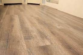 What Happens If Laminate Flooring Gets Wet Peel And Stick Vinyl Plank Flooring Diy Sprinkled With Sawdust