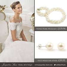 pearls necklace dress images Picking the perfect pearls for your wedding dress jacqueline shaw jpg
