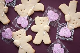s day cookies hug sugar cookies gift favor ideas from evermine