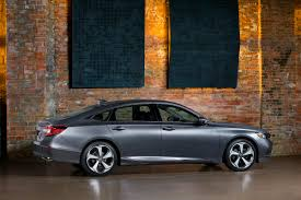 the 2018 honda accord abandons the coupe and v6 maintains the manual