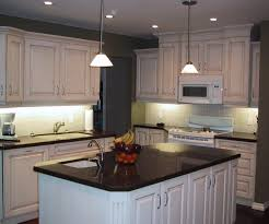 Pendant Lights Above Kitchen Island by Floor Islands Sets With Three Ceiling Lamps Design In Hanging