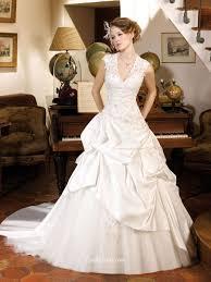 Unique Wedding Dress V Neck Cap Sleeve Flange Skirt Lace Ball Gown Unique Wedding Dress
