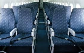 siege d avion espacement des sièges d avion le devoir