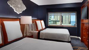 2 bedroom suite hotel chicago 2 bedroom suite hotel chicago lovely on within suites in omni