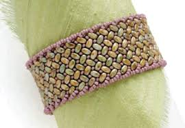 must try herringbone stitch necklace beading daily