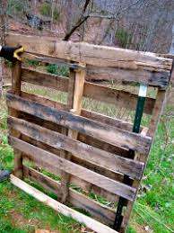 How To Build A Pig Barn How To Make A Quick Shelter Out Of Pallets The Free Range Life