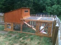 Backyard Chicken Tractor by 4x10 Coop And Run Backyard Chickens