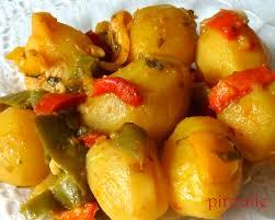 cuisiner le poivron pommes de terre cuisinées avec poivrons et coriandre pâtisseries