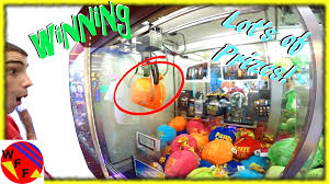 winning at the claw machine weee take on the claw crane challenge