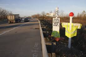roadside memorial crosses for sale roadside memorials place of rest local news nwitimes