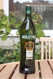par quoi remplacer le vin jaune en cuisine le b a ba du noilly prat