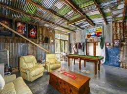 Ultimate Man Cave Australia U0027s Man Caves On The Market Daily Mail Online
