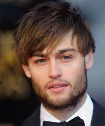 hair style photo booth douglas booth short straight casual hairstyle medium brunette