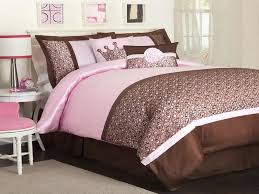 Brown Bedroom Designs Pink And Brown Bedroom Decorating Ideas Photos And