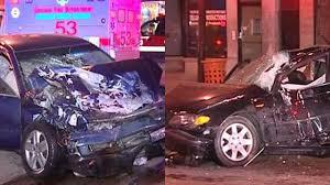 7 hurt in 4 car crash in west town cbs chicago