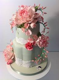 wedding cake flower 40 wedding cake designs with elaborate fondant flowers modwedding