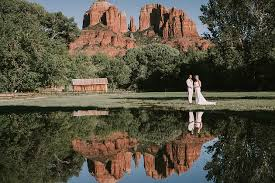 Cathedral Rock Reflections At Sunset Red Rock Crossing Alexis And George Sedona Wedding Portraits Sedona Wedding