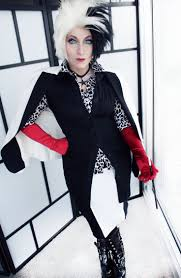 cruella deville costume spirit halloween 13 best halloween costumes images on pinterest halloween