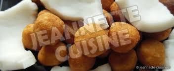 comment cuisiner du manioc boules de manioc à la noix de coco gouter jeannette cuisine