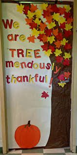 thanksgiving diy projects thankfulness tree classroom door i cut out extra leaves so that