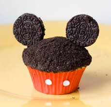 mickey mouse cupcakes erica s sweet tooth mickey cupcakes