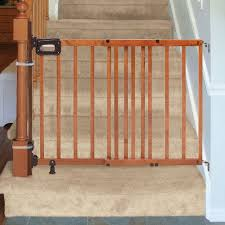 amazon com summer infant 33 inch h banister and stair gate with