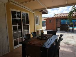 beautiful and comfortable guest house with pool noord