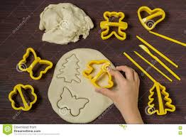 making toys for christmas decorations from salt dough step 4