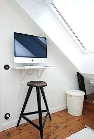 Desks For Small Apartments Computer Desk For Small Space S S Computer Table Design For Small