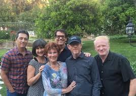 happy days cast remembers erin at memorial extratv