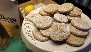 dewey s new line of cookies includes banana pudding lemon bar and