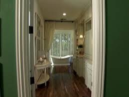 Bathroom Color Ideas HGTV - Punch 5 in 1 home design