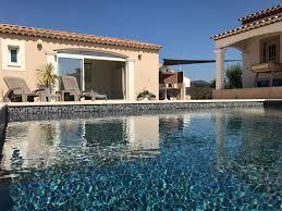 chambre d hote abritel chambre d hôte le pool house var 1549068 abritel