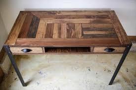 Diy Pallet Desk Diy Pallet Desk With 2 Drawers Study Desk 101 Pallets