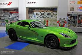 Dodge Viper Green - stryker green 2014 srt viper is dropping jaws in detroit live
