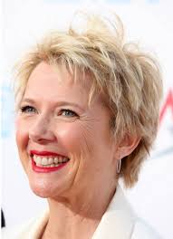 short hairstyles for women over 50 with fine hair stunning pictures of hairstyles for women over 50 with fine hair