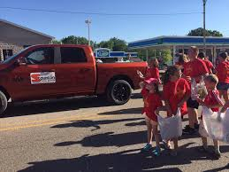 dodge chrysler jeep ram of highland schweizerfest in highland parade 2 the 4th parade in the