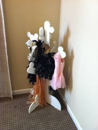 cute way to store dress up clothes diy christmas gift ideas