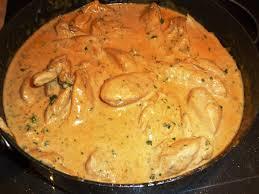 cuisiner des filets de poulet filets de poulet flambés au cognac sauce crème et échalotes les