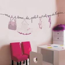 stickers chambre bébé fille fée grands formats pour grands effets décoration chambre bébé et