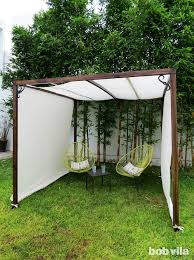 Backyard Privacy Screens by Best 25 Shade Screen Ideas On Pinterest Outdoor Patio Shades