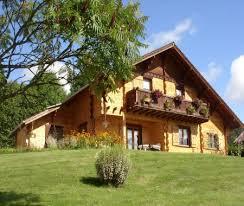 chambre d hote jura suisse chalet individuel dans les montagnes du jura à grand combe