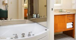 Hotels With Bathtubs The Hilton Atlanta Perimeter Suites Hotel
