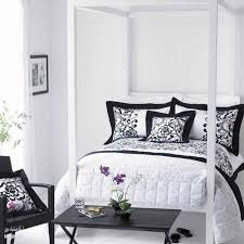 Stunning Black And White Bedroom Designs - Ideas for black and white bedrooms