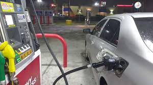 thanksgiving gas prices at three year high but drivers flocking