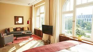Wohnzimmer Bar In Berlin Zimmer U0026 Suiten In Berlin Kreuzberg The Orania Berlin