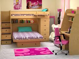 chambre fille avec lit superposé l arrangement des lits superposés dans la chambre d enfant archzine fr